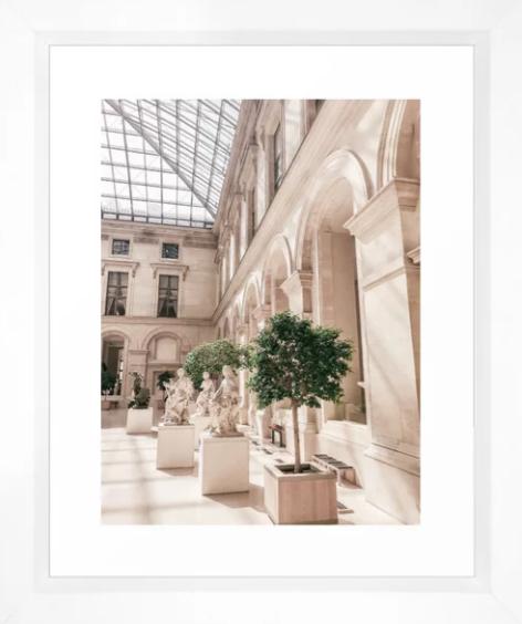 Paris Louvre Museum.png