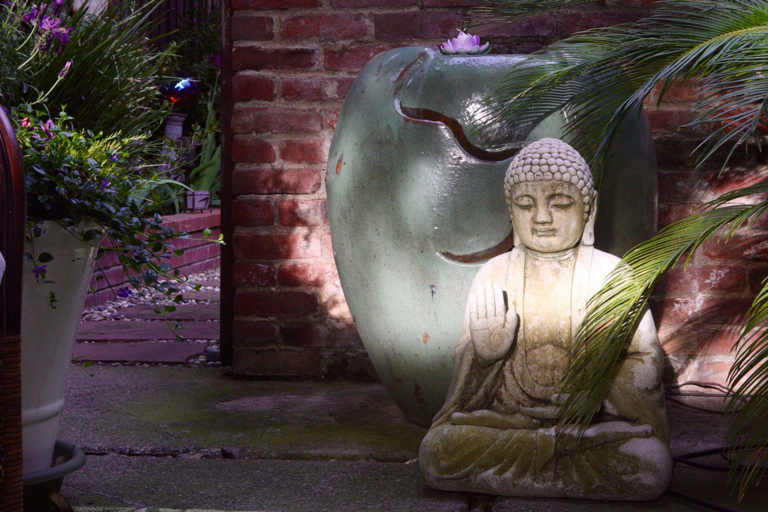 buddha fountain.jpg