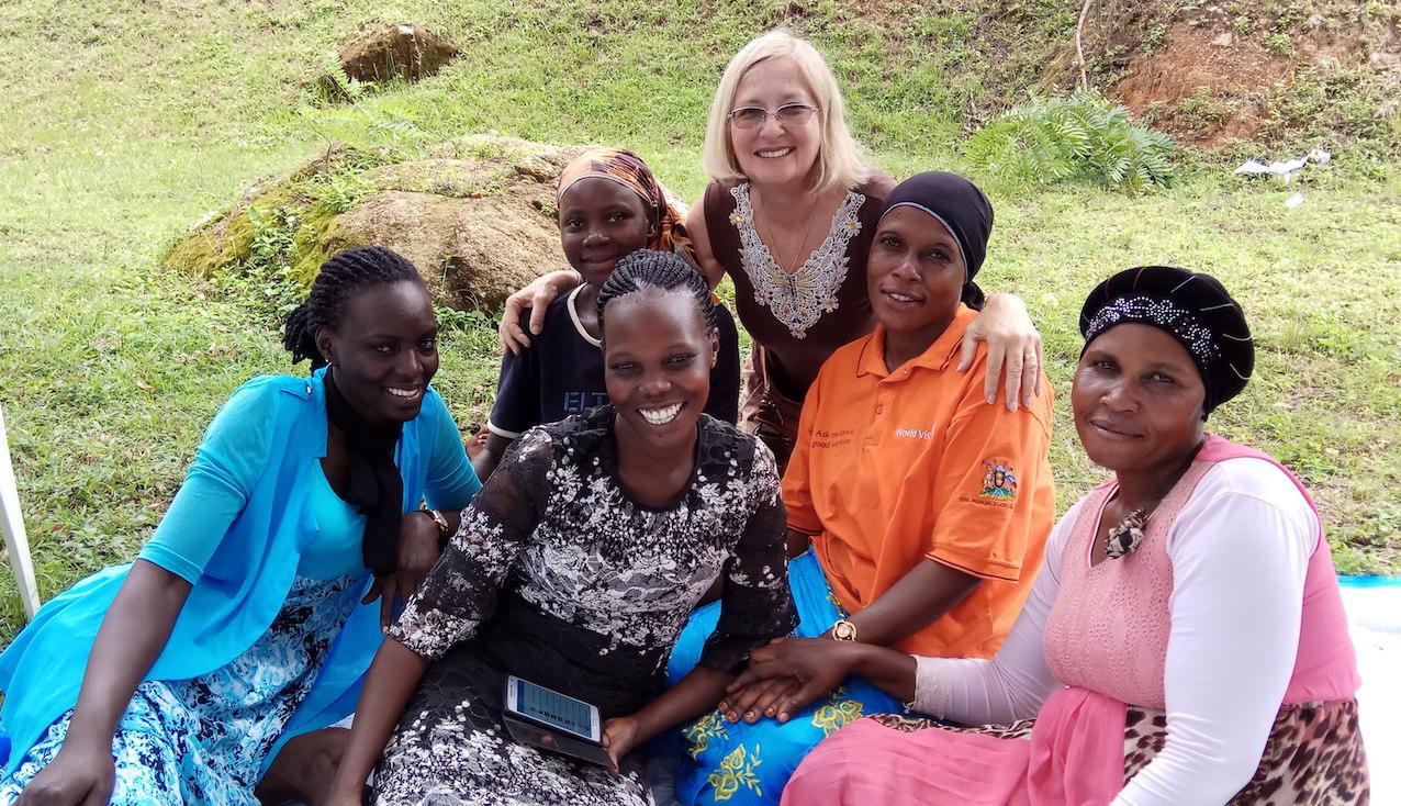Ilana Shemesh with a Ugandan family