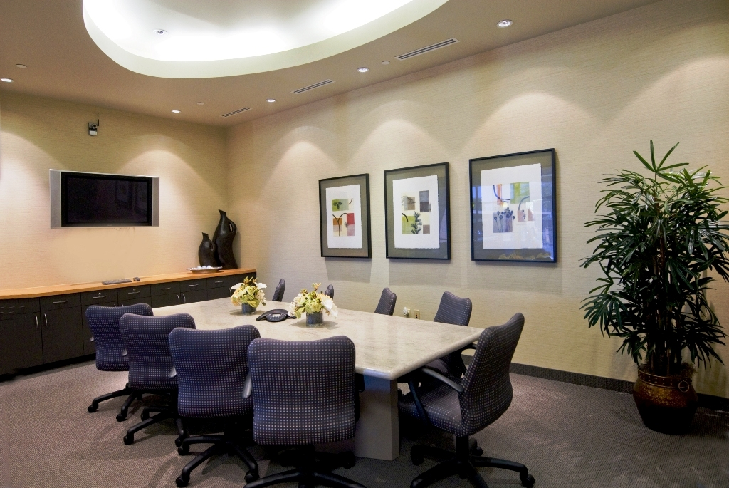 Lux Offices Large Conference Room2.jpg