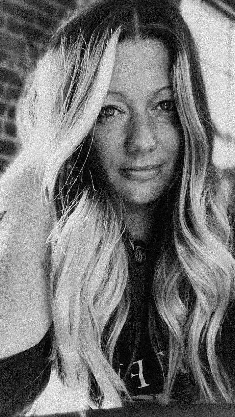 Hi, I'm Jessica - freelance photographer living in Chattanooga, TN