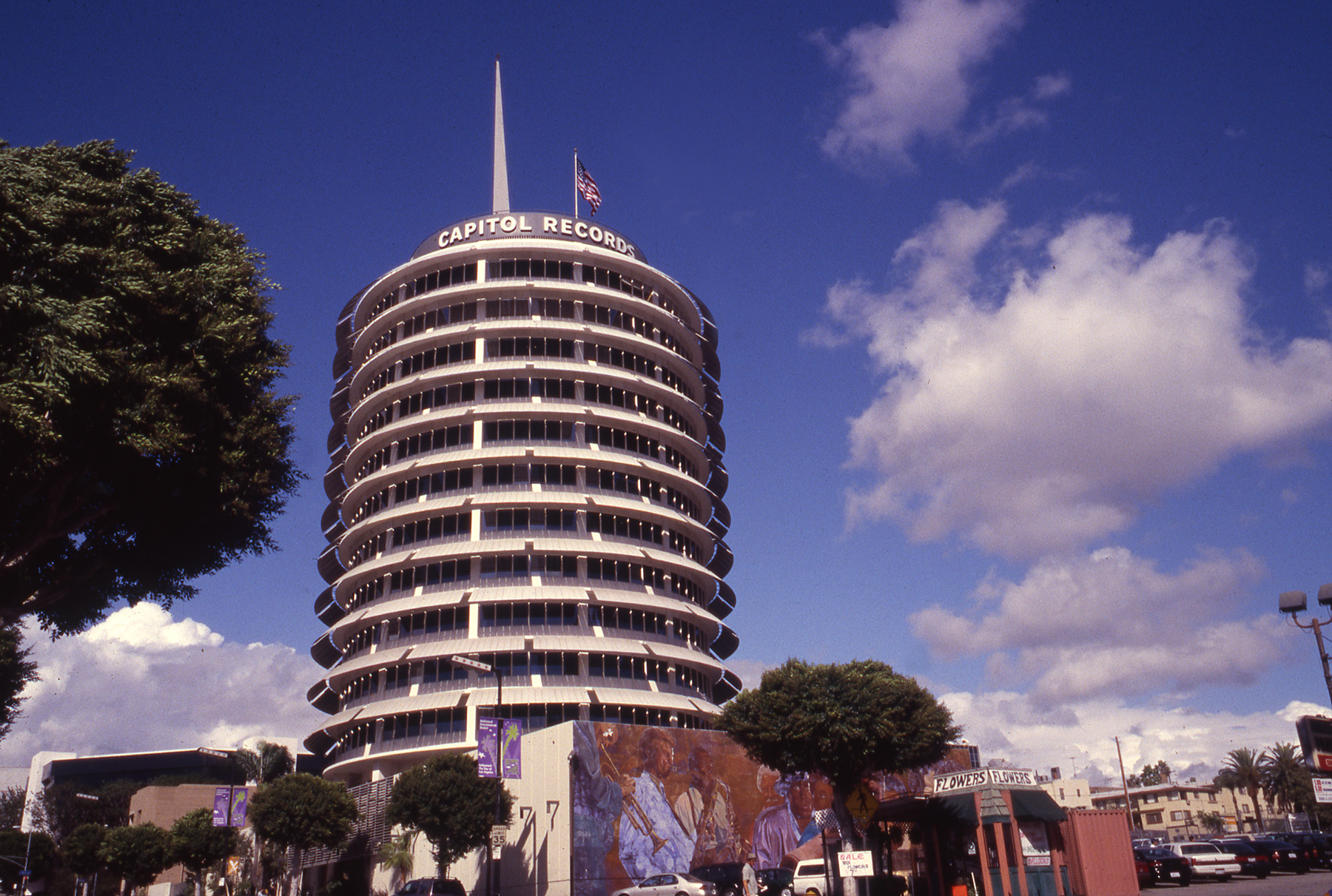 capitol records.485.JPG