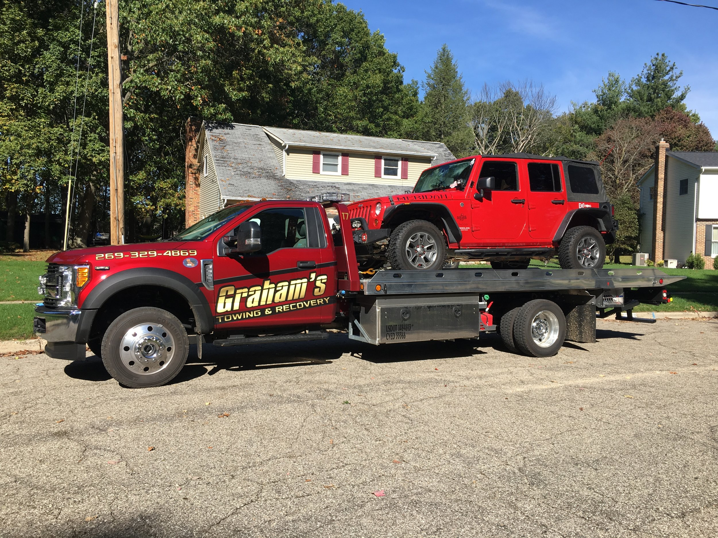 Light-DutyTowing - Our fleet of low-profile rollbacks are perfect to tow your vehicle safely and efficiently.