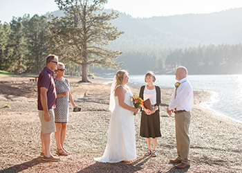 Wedding vows at Pactola Lake