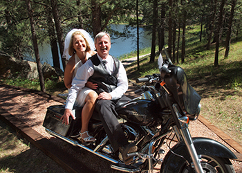 Rally wedding at Bismarck Lake