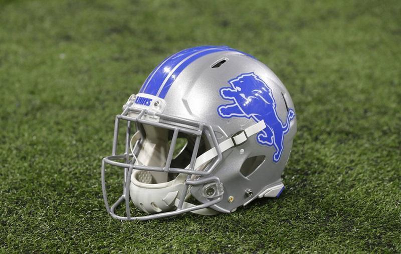 detroit lions helmet.jpg