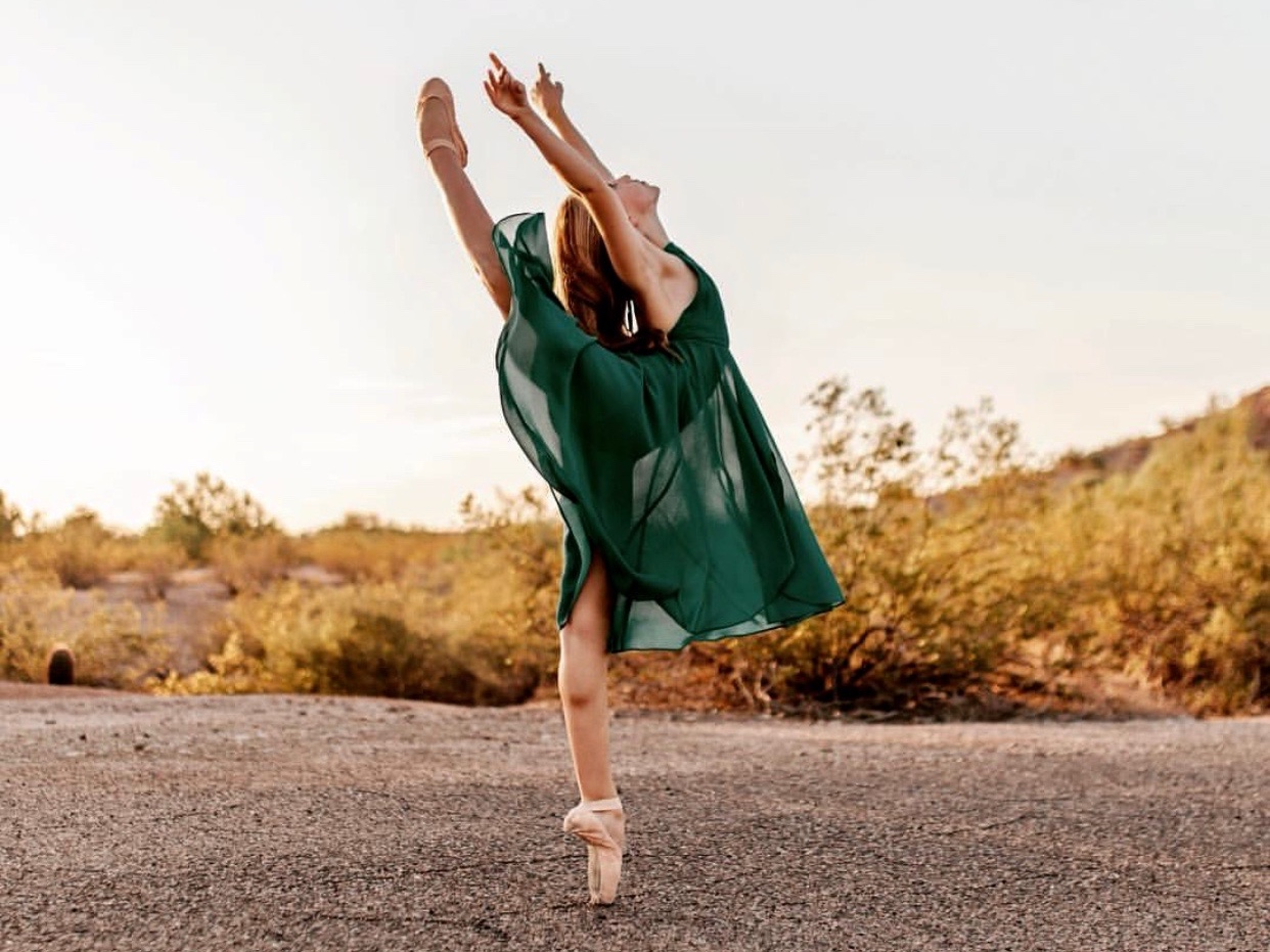 Eva Lawlor - Ballet Dancer