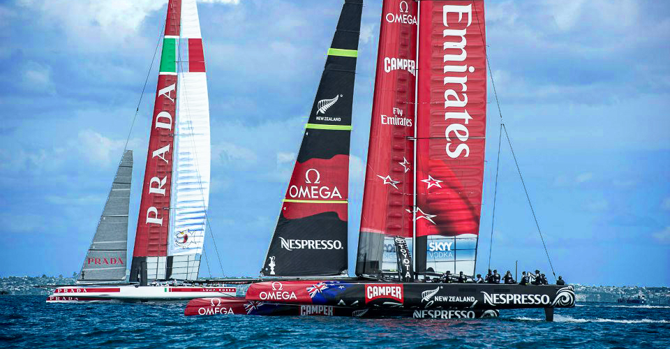 Emirates Team NZ and Luna Rosa