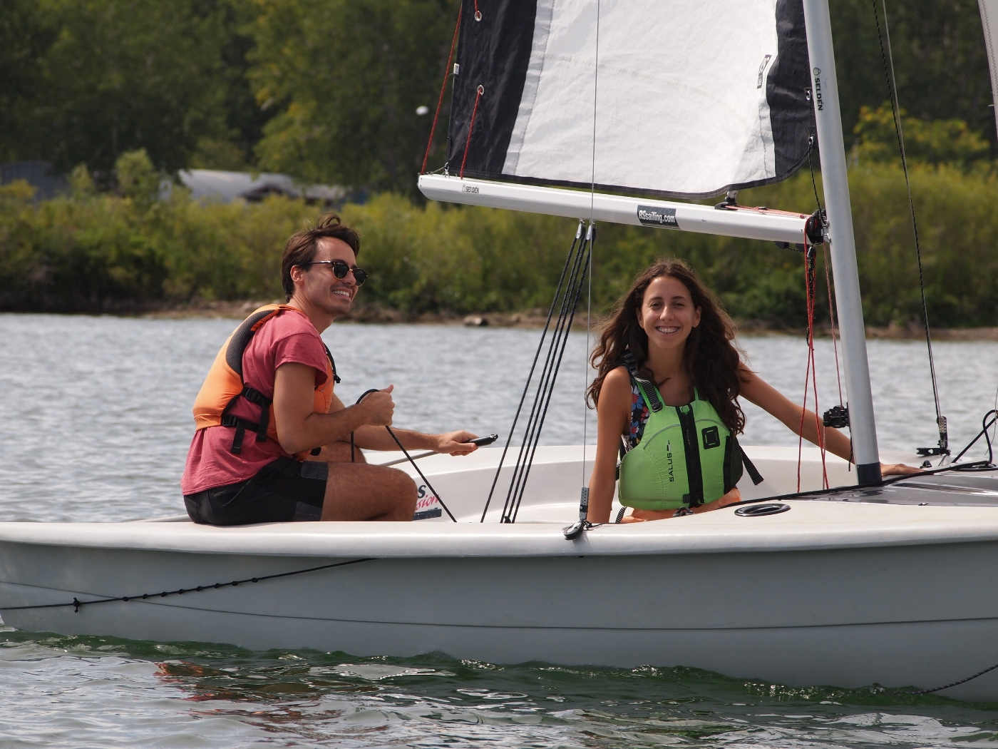 Sailing Fanatics - start sailing with CANSail 1 learn to sail beginner sailing class to learn to basics of sailing