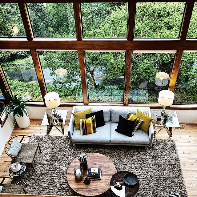 Those captivating views of Tilden Park out of every window make my colleague Katrin Rusticci's listing extra special! 621 Vistamont in Berkeley