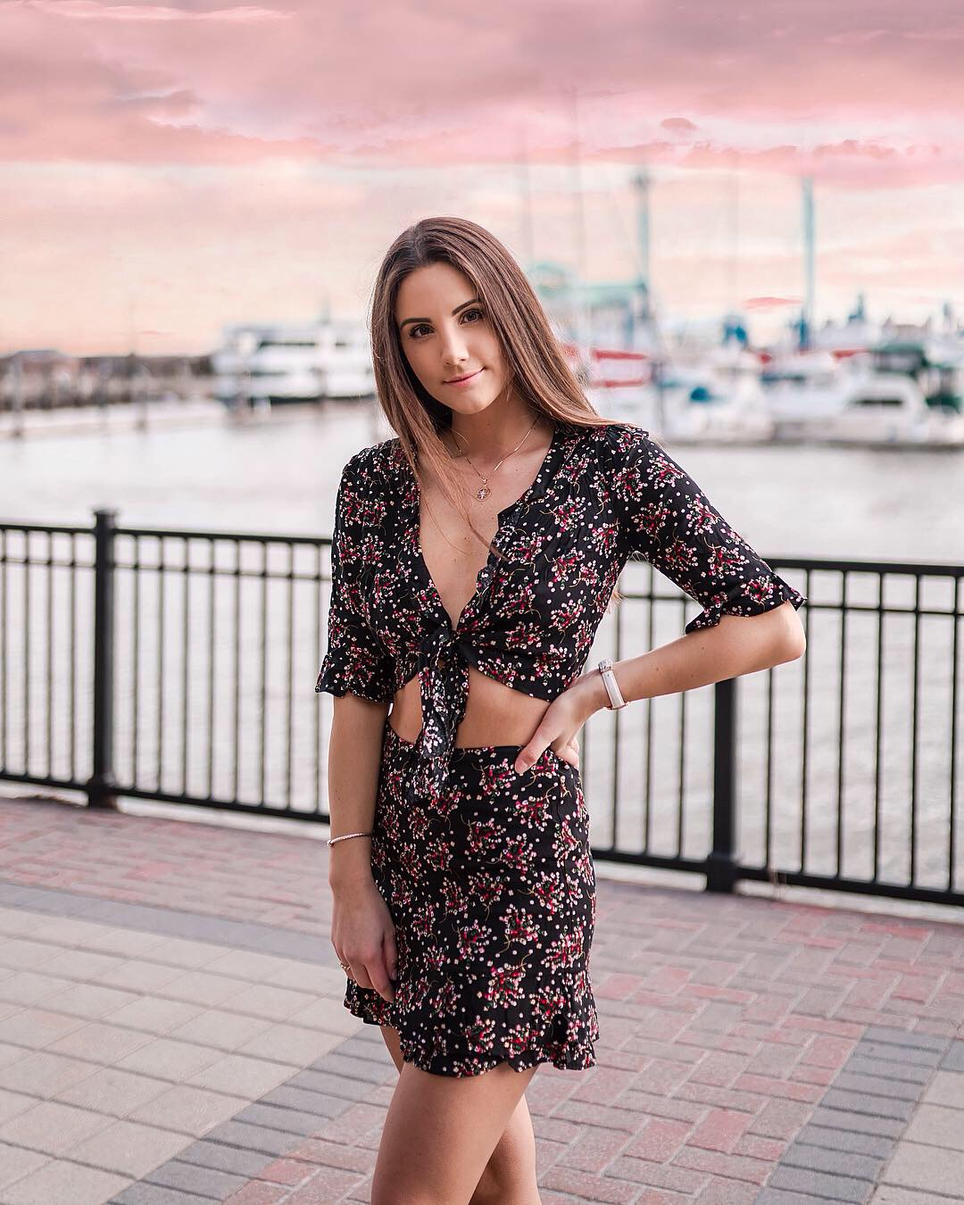Shop the floral set  here.