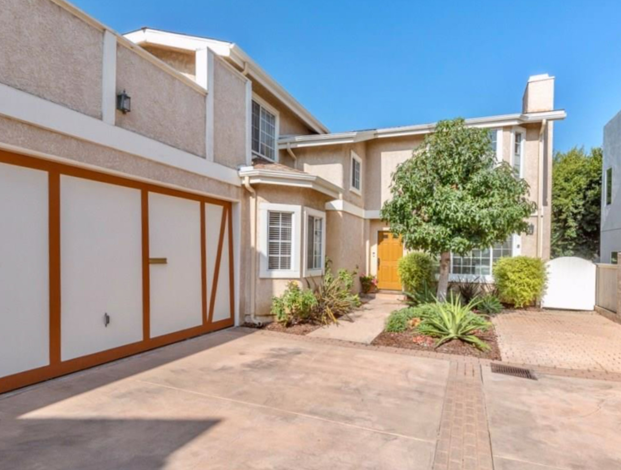 1931 Gates Avenue - REDONDO BEACH