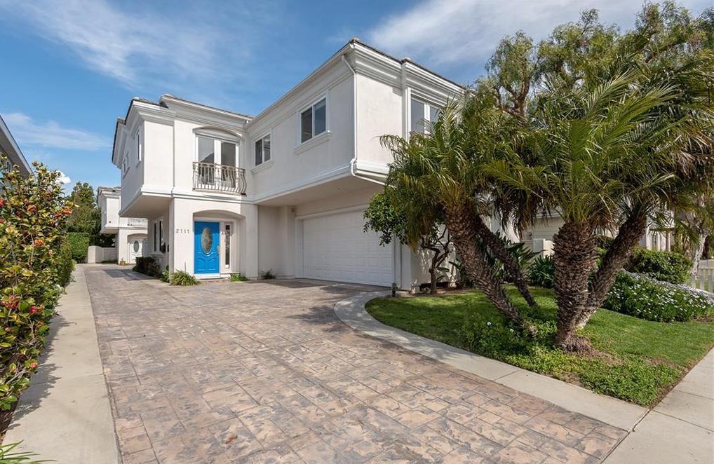 2111 Nelson Avenue - REDONDO BEACH