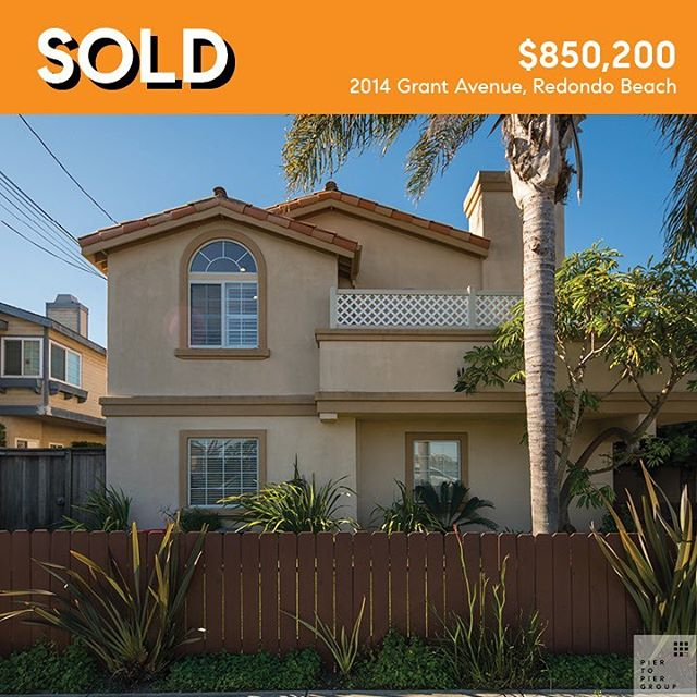 SOLD 2014 Grant Avenue, Redondo Beach  3 bed • 2.5 bath • 1,893 sqft • Unit A  This lovely front facing North Redondo Beach townhome built on an oversized lot with a reverse floor plan just sold for $850,200. To see more select link in bio, then select Properties.