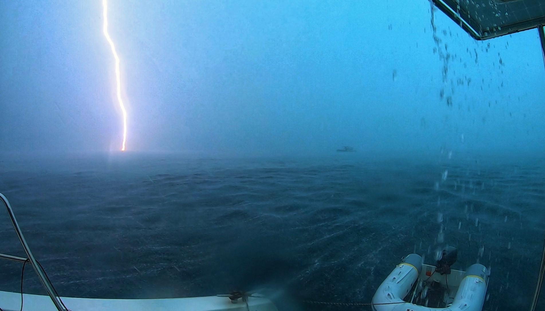 boat lightning