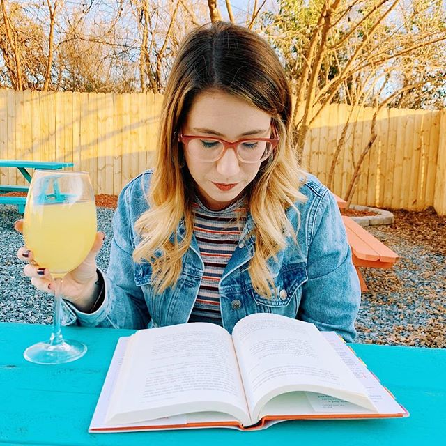 Wishing we could trade our coffee and computer screens for mimosas and books today. 🥂📚 Who else is dreaming of sunny weekends on this gray Tuesday? ☀️ . #bookbabes #bookbabesclt #bookstagram #bookstagrammer #readingspot #readingismagic #booksaremagic #booksofinstagram #booksofig #booksandwine #flashesofdelight #girlgang #girlswhoread #bookblogger