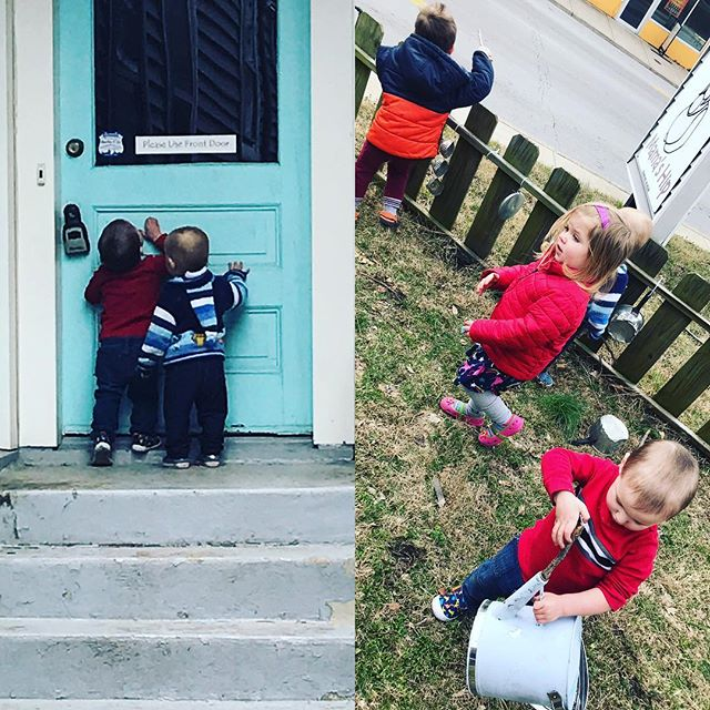 Friends playing together outside after Toddler Art ❤️