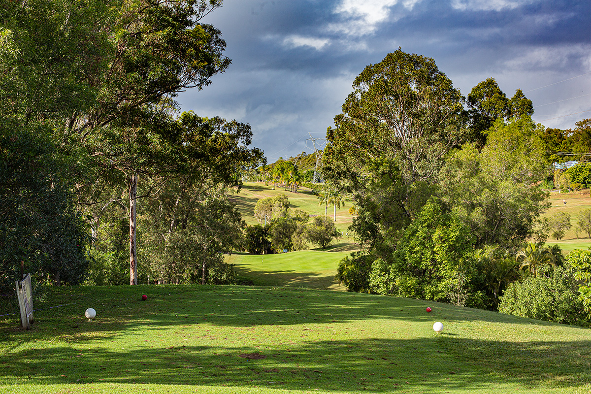 A challenging opening hole with a narrow entrance and two-tiered undulating green