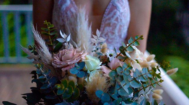 chelsea and her colourful bouquet. . . . . . #weddingbouquet #weddingflowers #flowers #bridalbouquet #popthosecoloursandthesehashtags