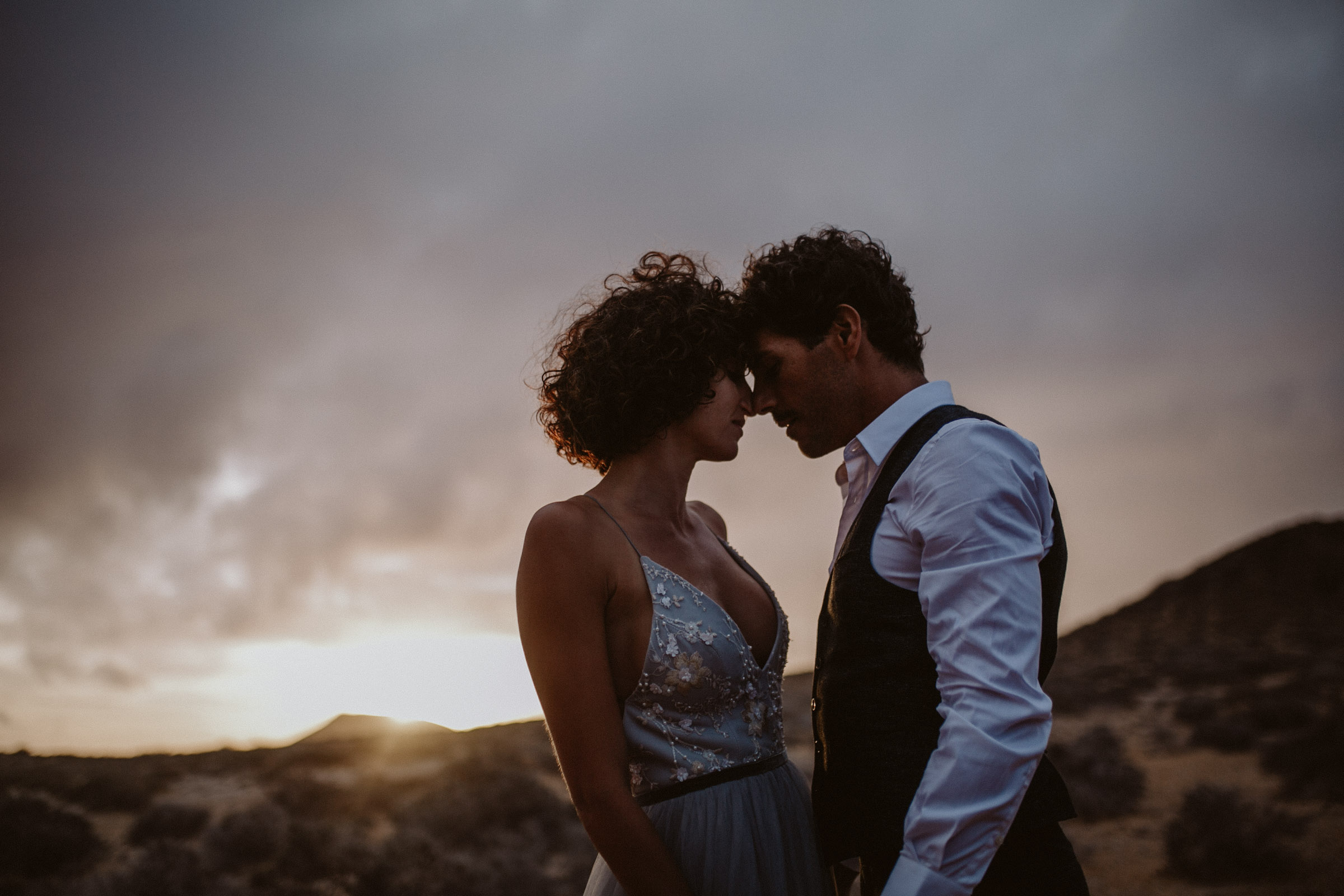 29°15′6″N 13°30′29″W  MADLY IN LOVE SUNSET SESSION  laura + hector