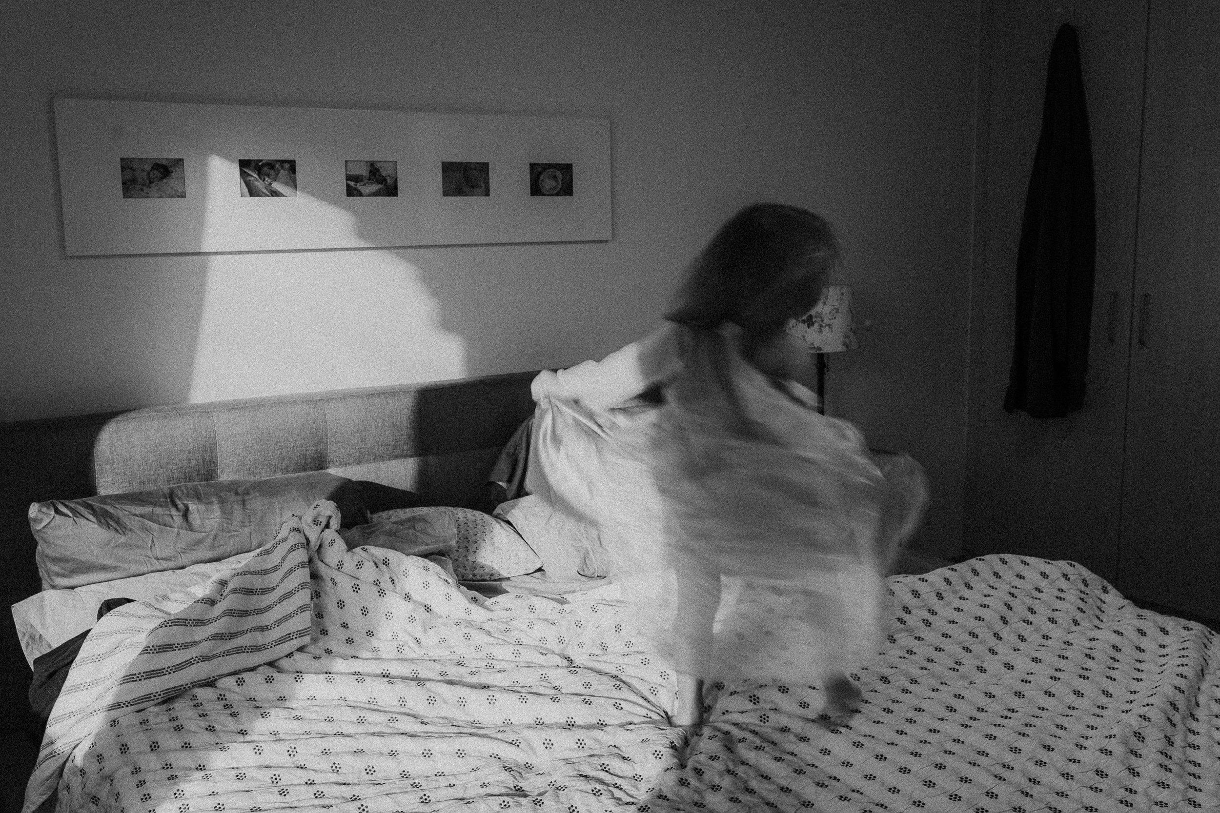 1.14 Maddie on the bed as elsa-4.jpg