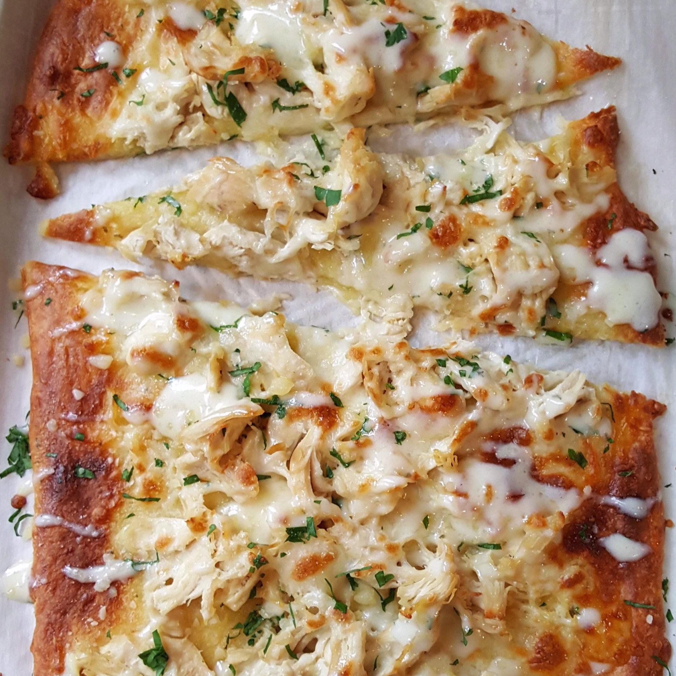 - Garlic ranch chicken flatbread