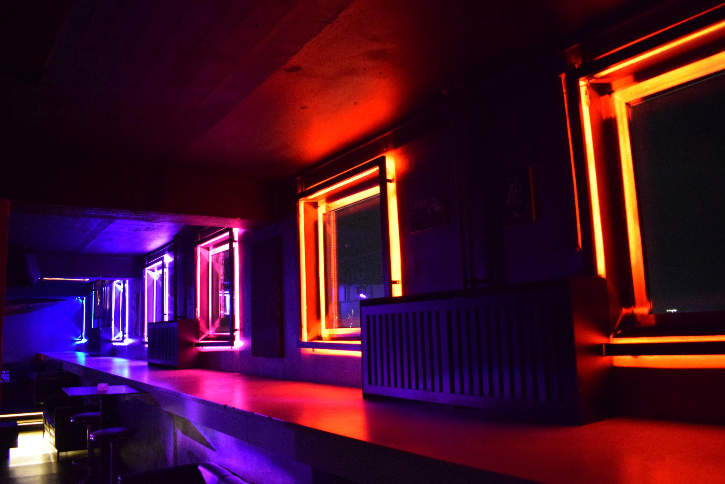 Lights Club