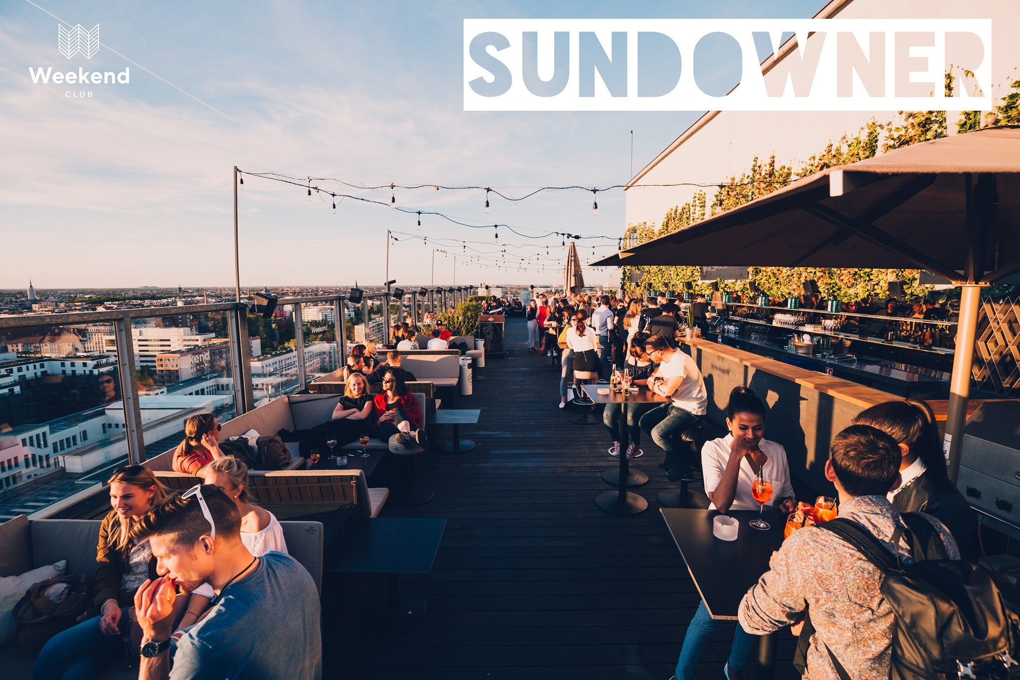 Sundowner Open Air   Enjoy Berlin's most beautiful sunset from 7pm on the city's most popular rooftop!  Dancing,lounging and enjoying delicious drinks and nice sounds!    Weekend Spritz & Frozen Daiquiri Strawberry 19-24 o'clock only 5 €