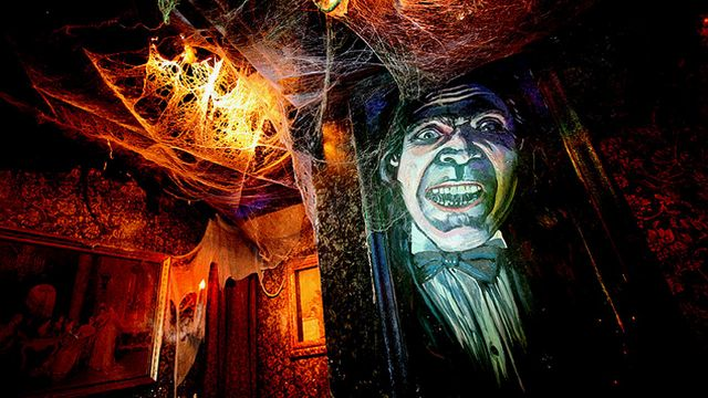 House of Horror. x Halloween 2019  On the 26th October we are celebrating the night of horror with our Halloween special. Join us for a spooky night with lots of specials and a haunted. horror decoration at the 15th floor.  Trick or treat?