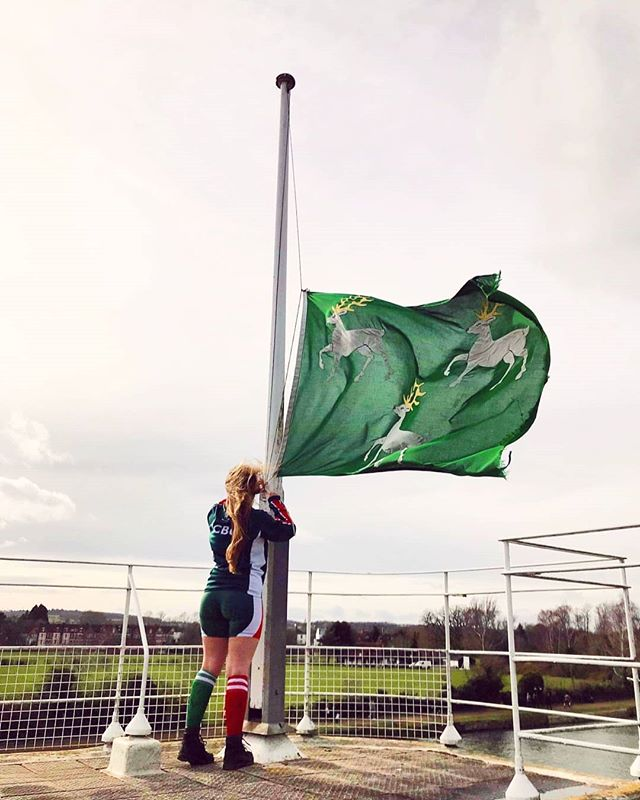 Hoisting the flag 💚 #bleedgreen⁣ ⁣ ~~~~~~~~ ⁣ ⁣ Our next major rowing competition is... Summer Eights! Rowing at Oxford enjoys a rich tradition and Summer Eights is the main intercollegiate rowing event of the year! Essentially the water-based take on dodgems, the aim is for boats to chase each other and (quite literally) bump the boat in front, over 4 days of races.⁣ ⁣ Most students take up rowing for the first time when they join Jesus College, so if you have any questions, just fire us a dm!