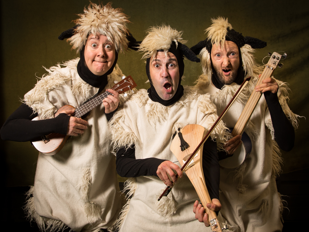 This is the epic story of Woolly, the bravest of all sheep. Woolly was the first sheep who dared to be different, she dared to be adventurous, she dared to discover what happens to her wool.    Branar weaves together storytelling, live music, song and puppetry in a pulsating show that will have audiences of all ages hooked!   For children aged 4+