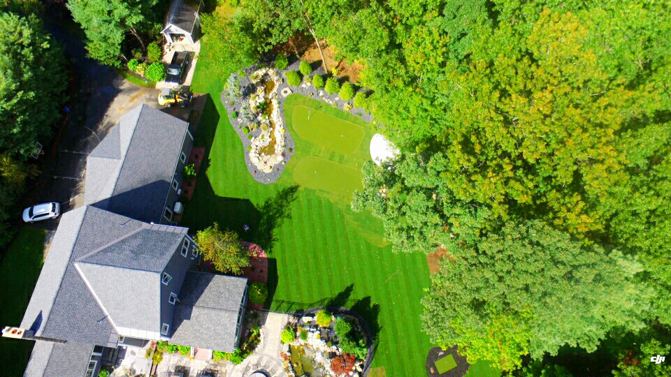 PuttingGreen_Hardscape_View_From_Above.jpg