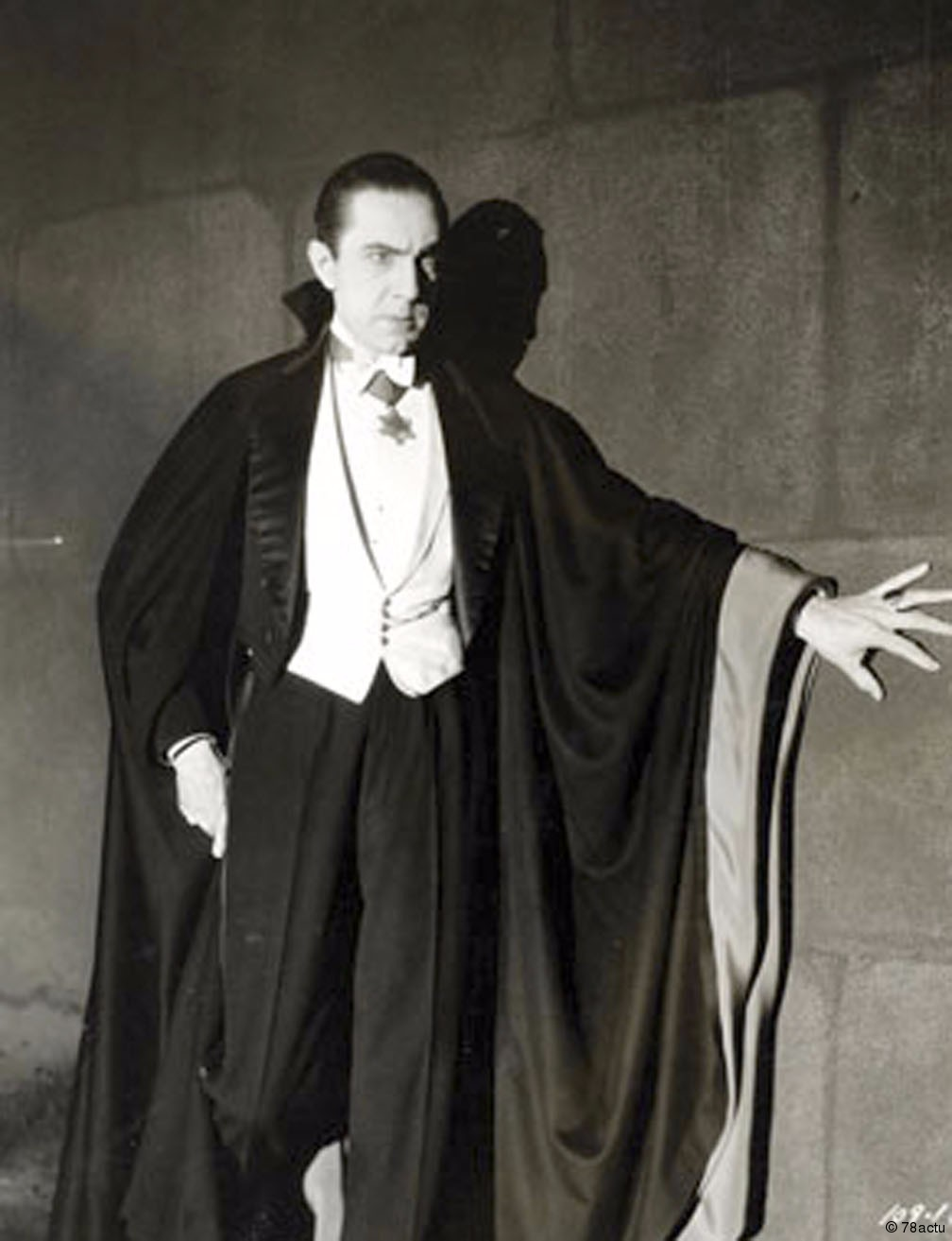 Bela Lugosi as Dracula in the 1931 dracula adaptation from Universal Studios.