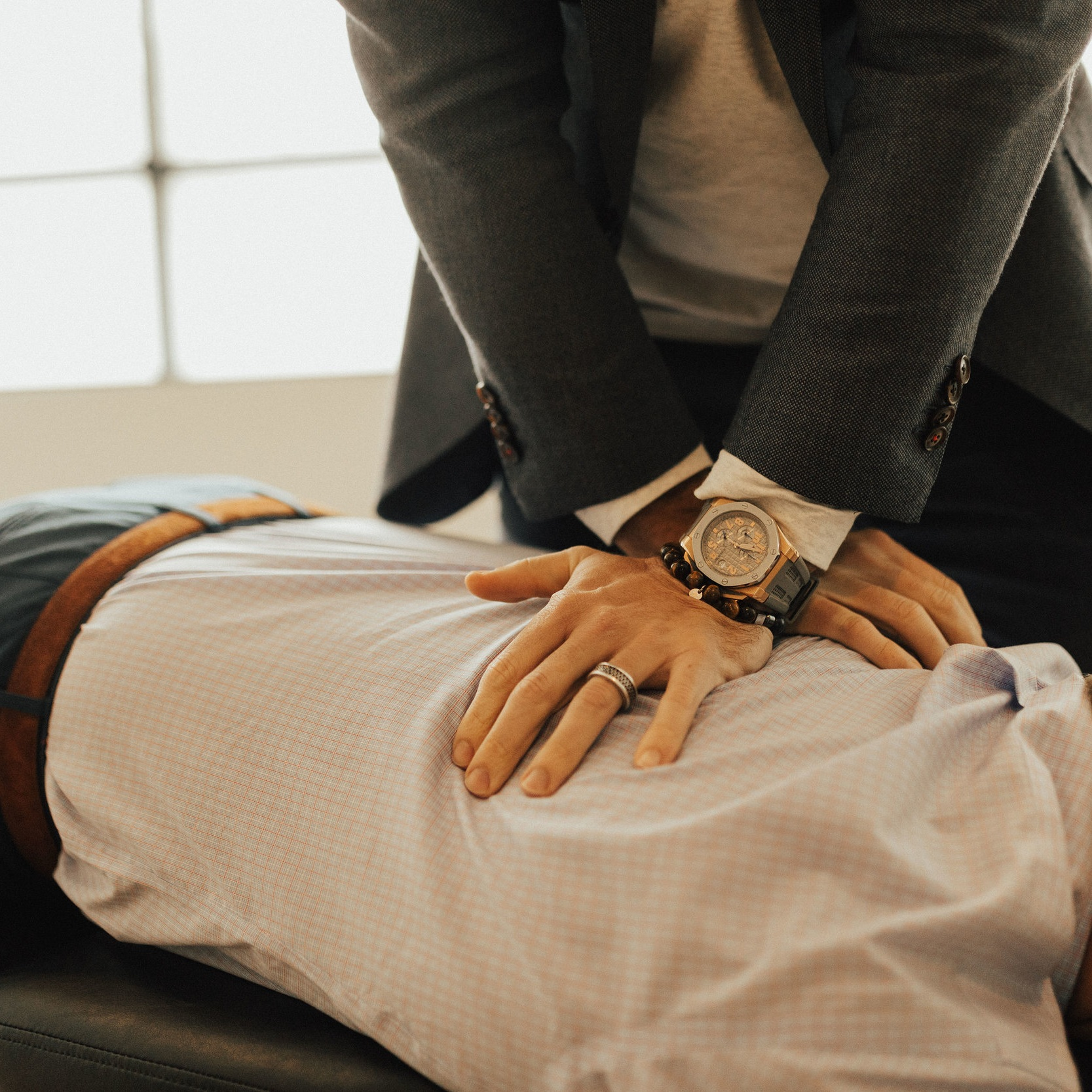 chiropractor_mpls_adjustment.jpg