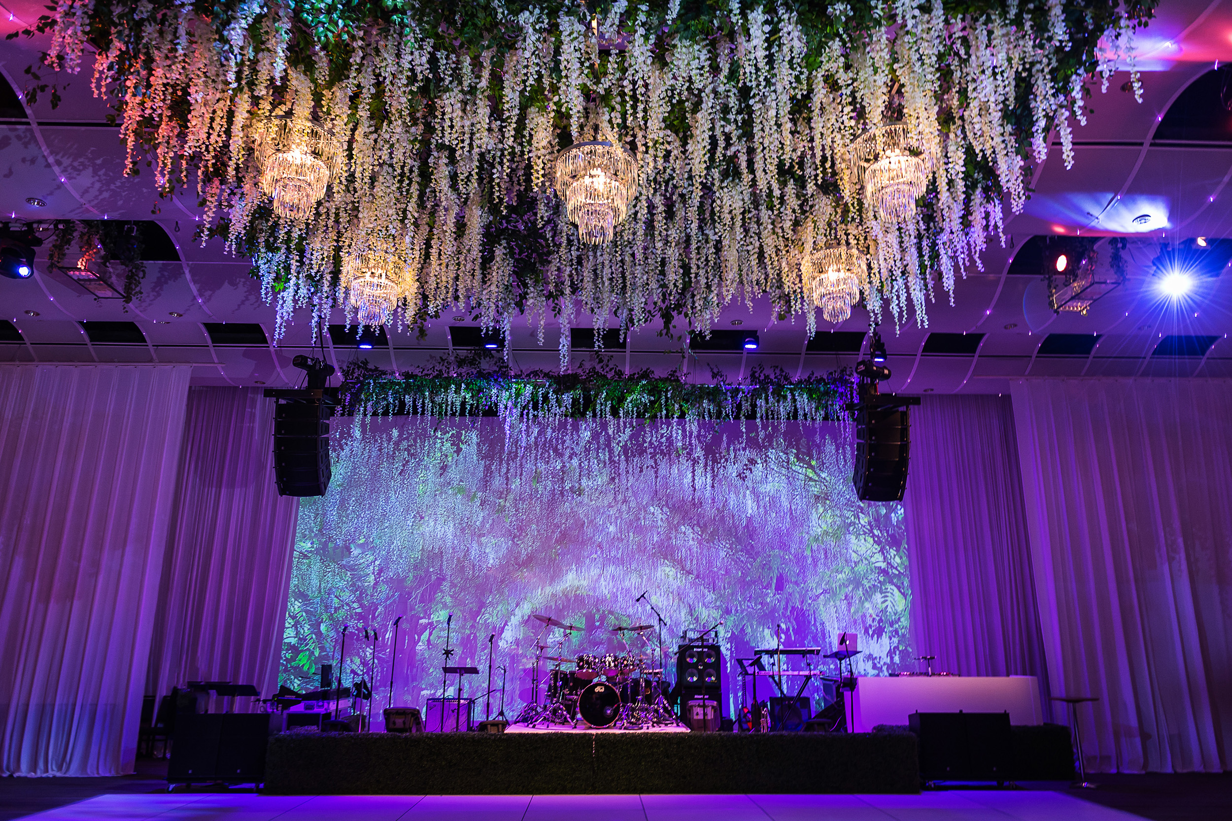 Seawell-Grand-Ballroom-Wedding-005.jpg