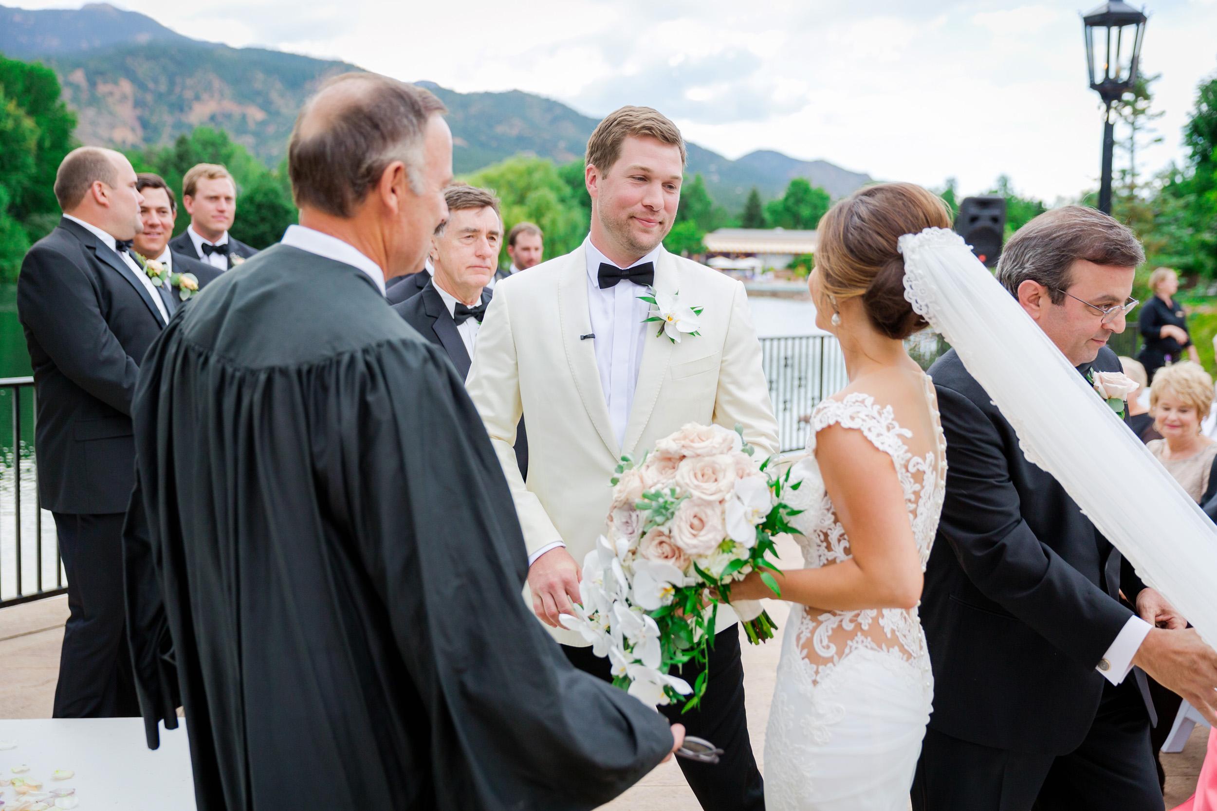 Broadmoor-Wedding-Photography-SS-008.jpg