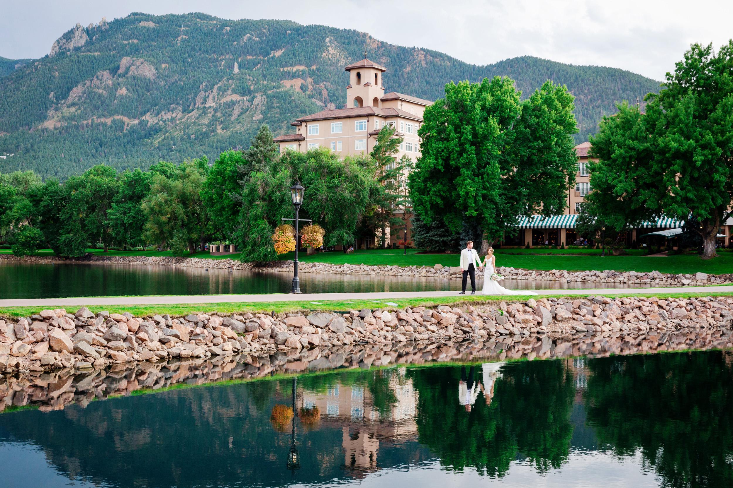 Broadmoor-Wedding-Photography-SS-017.jpg