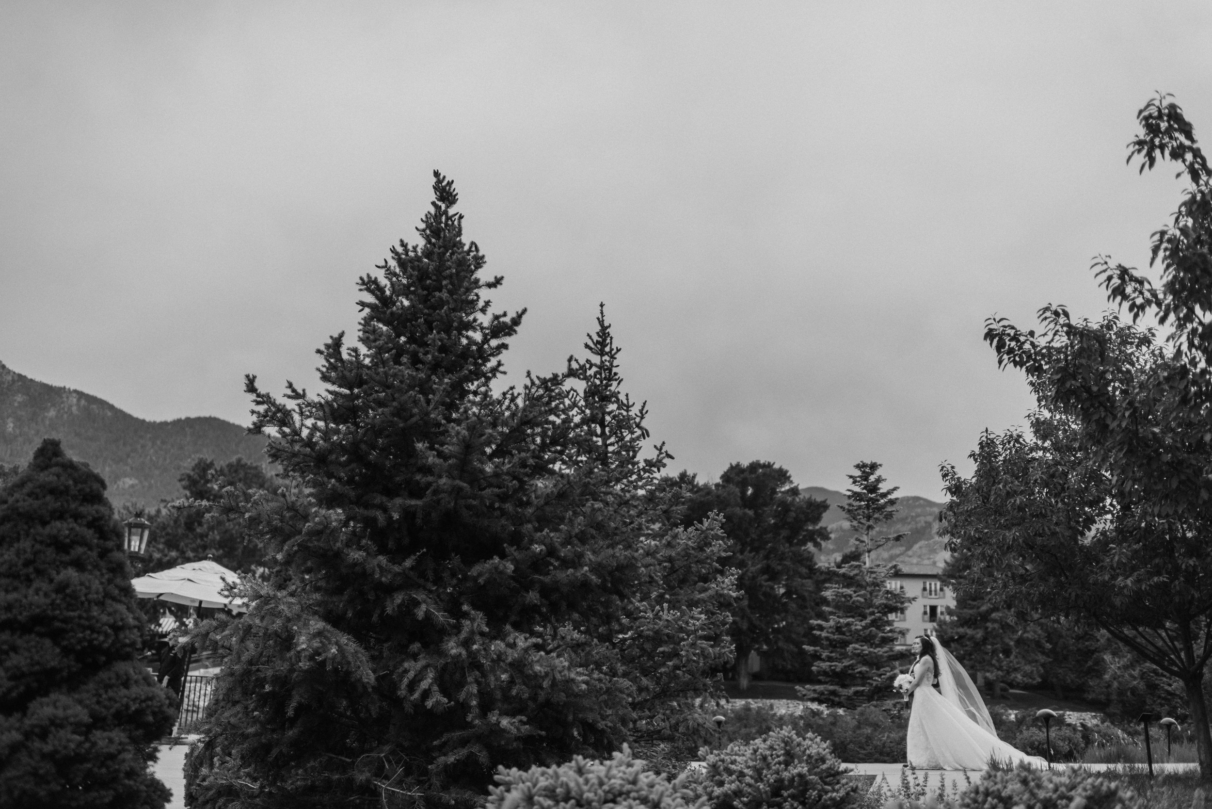 Broadmoor-Wedding-Photography-KC-038.jpg