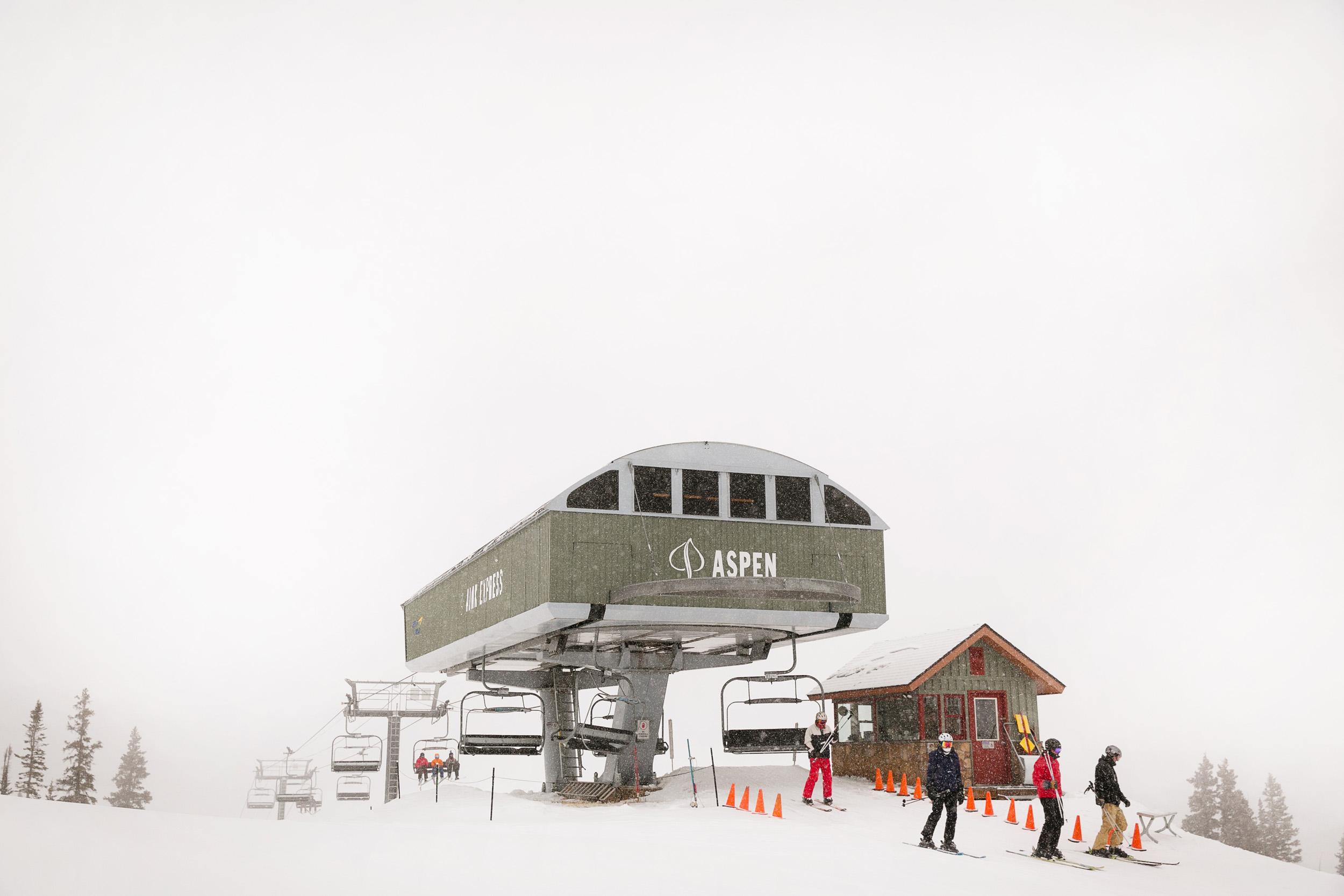 Aspen-Wedding-in-Winter-003.jpg