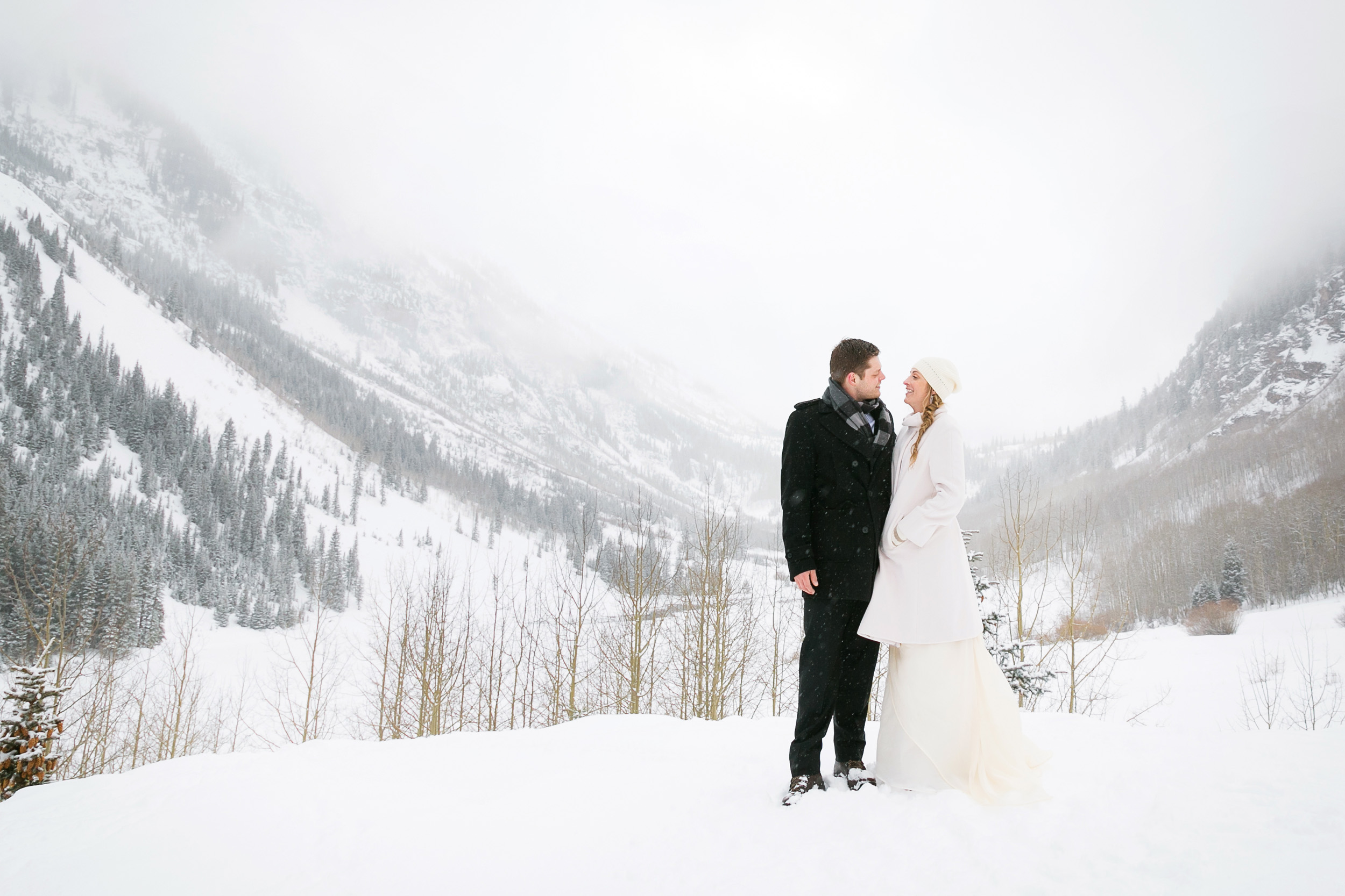 Aspen-Wedding-in-Winter-033.jpg