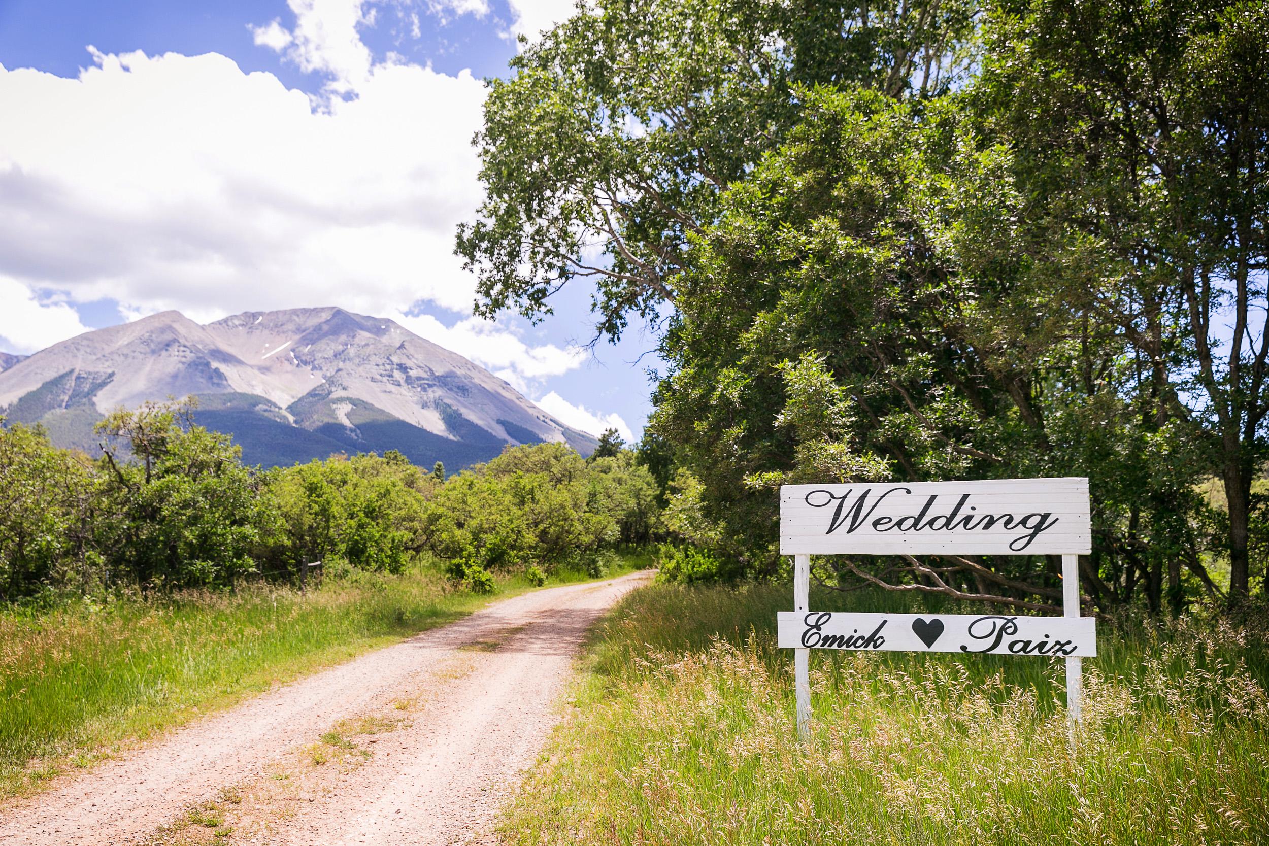 Colorado-Mountain-Ranch-Wedding-001.jpg