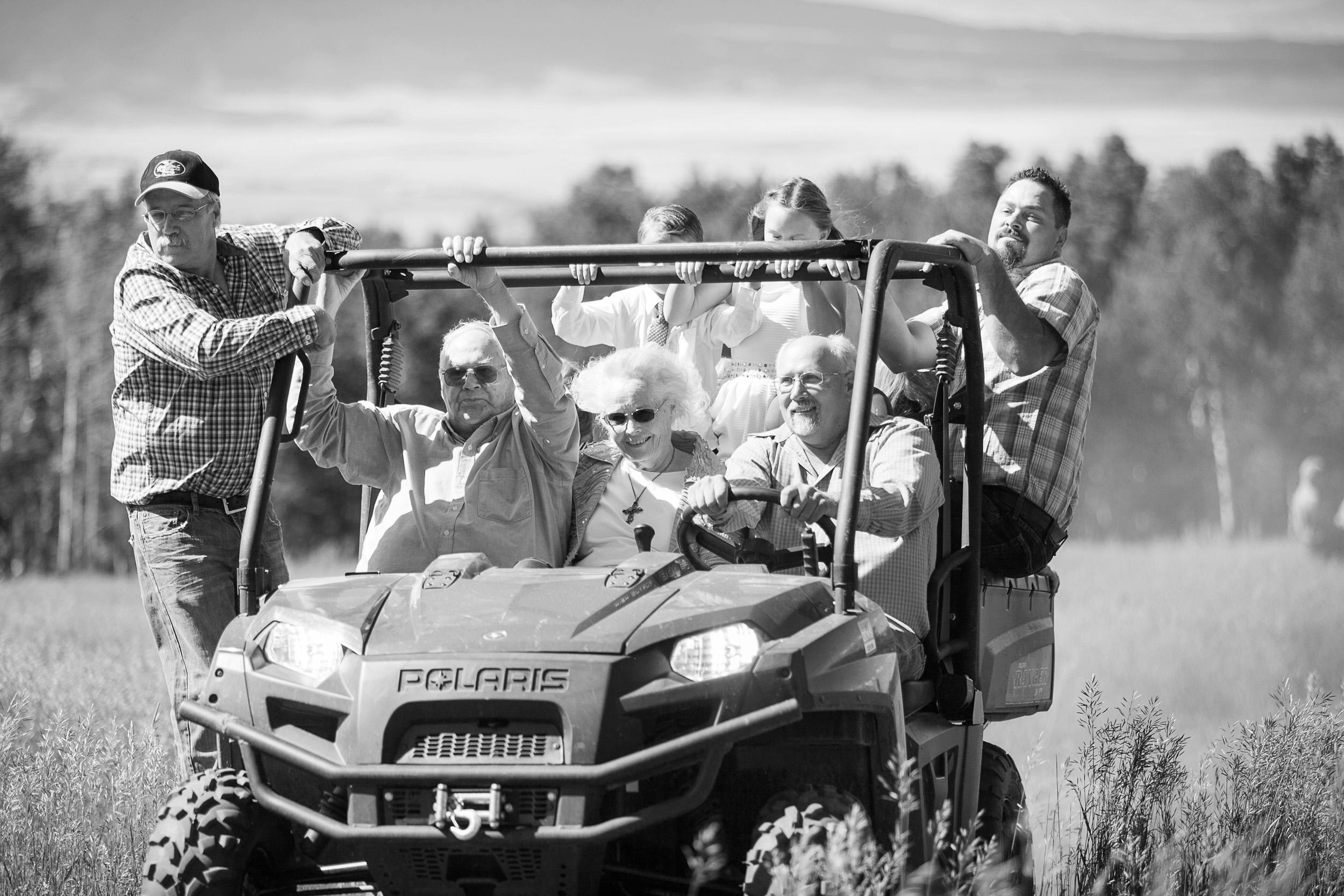 Colorado-Mountain-Ranch-Wedding-016.jpg