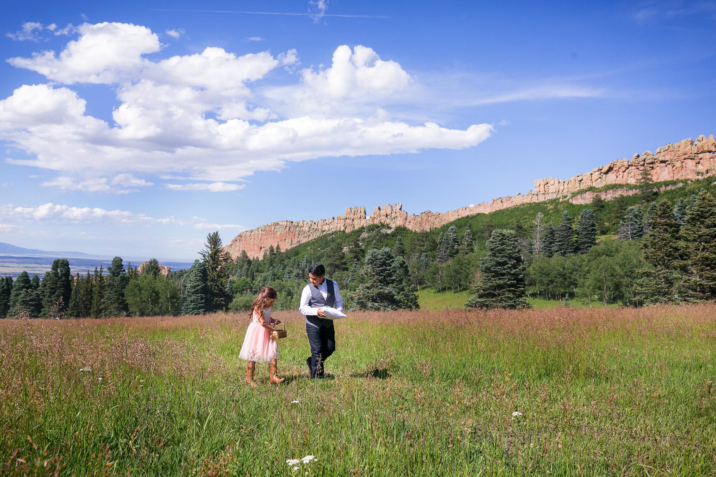 Colorado-Mountain-Ranch-Wedding-021.jpg