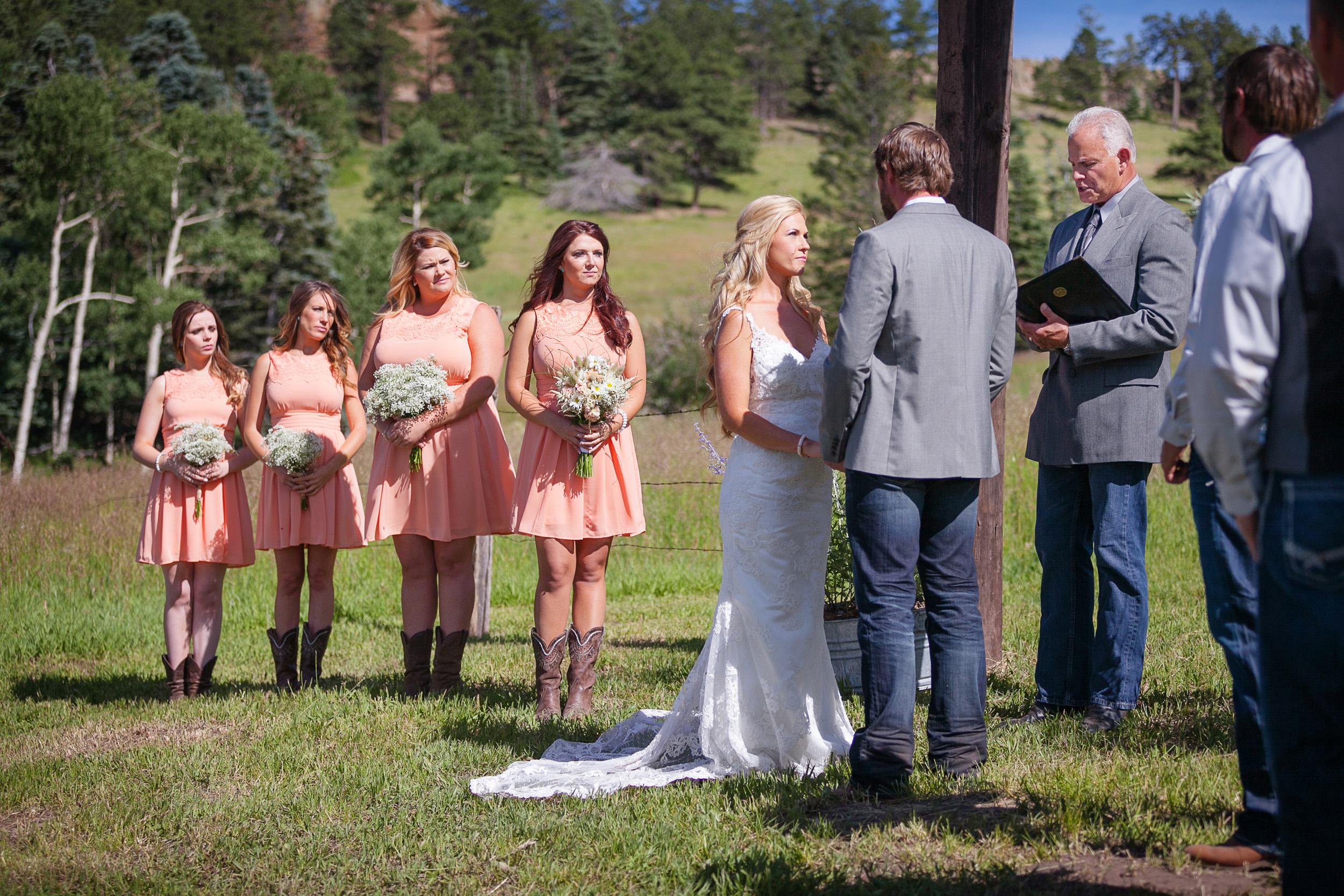Colorado-Mountain-Ranch-Wedding-026.jpg