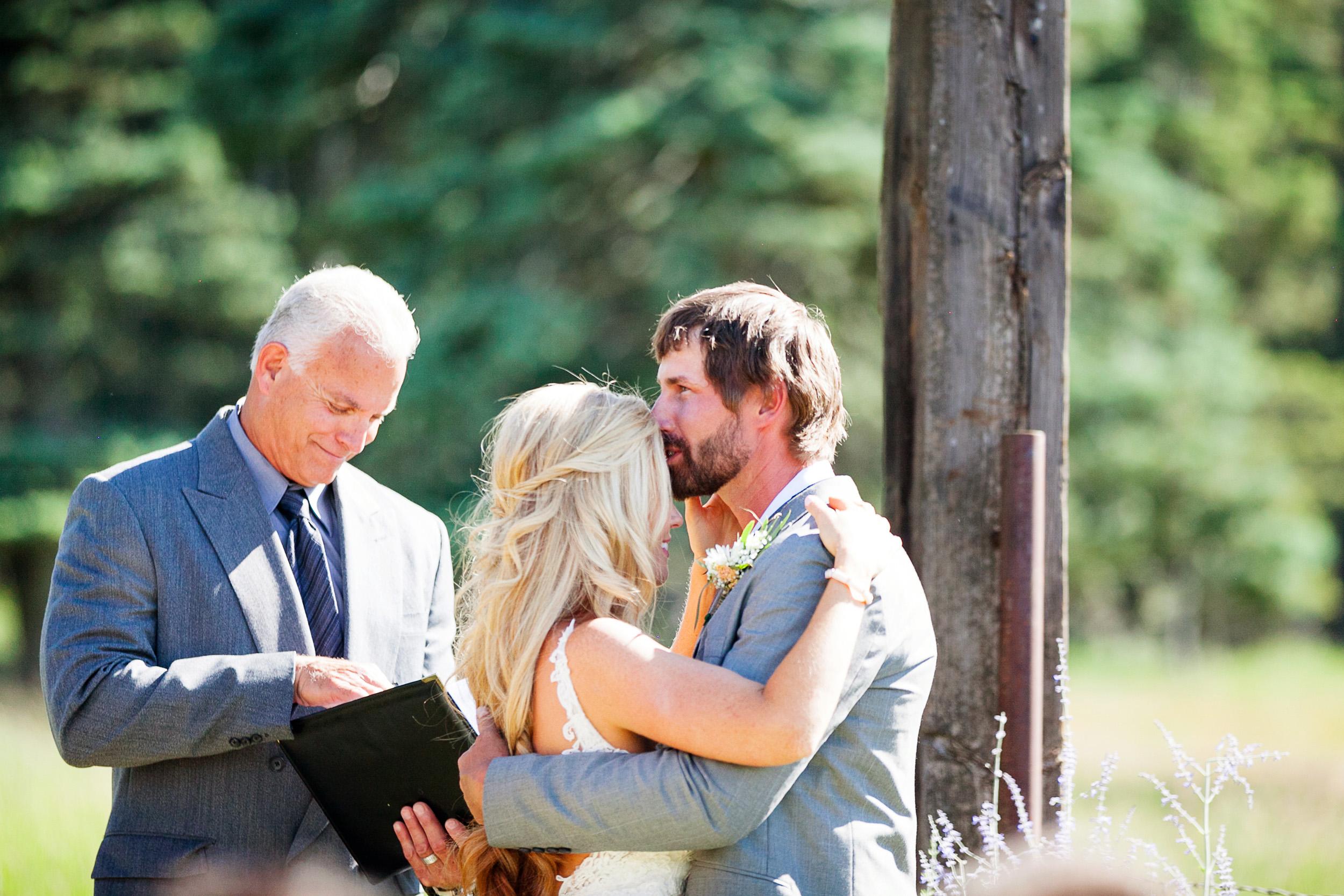 Colorado-Mountain-Ranch-Wedding-028.jpg