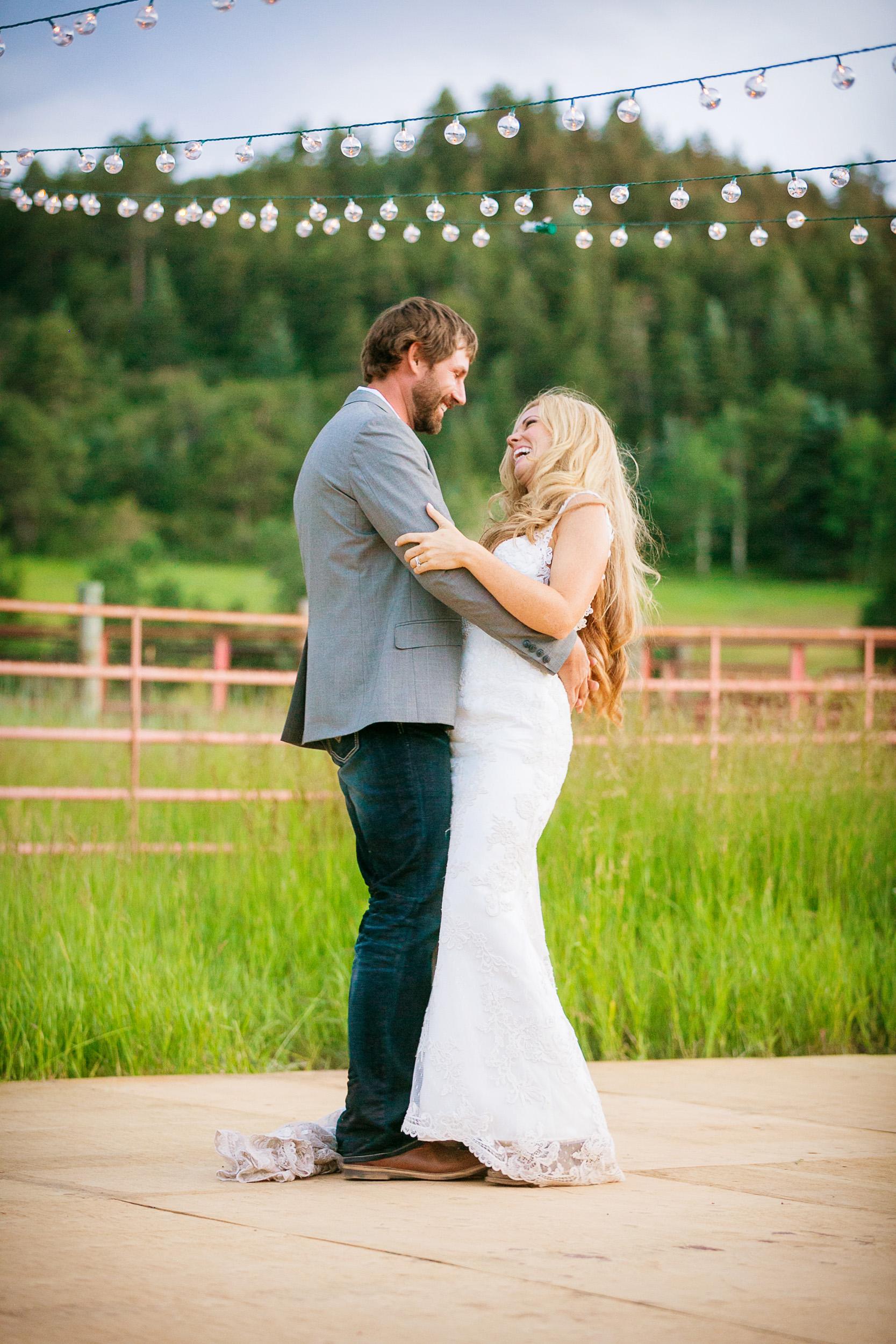 Colorado-Mountain-Ranch-Wedding-074.jpg