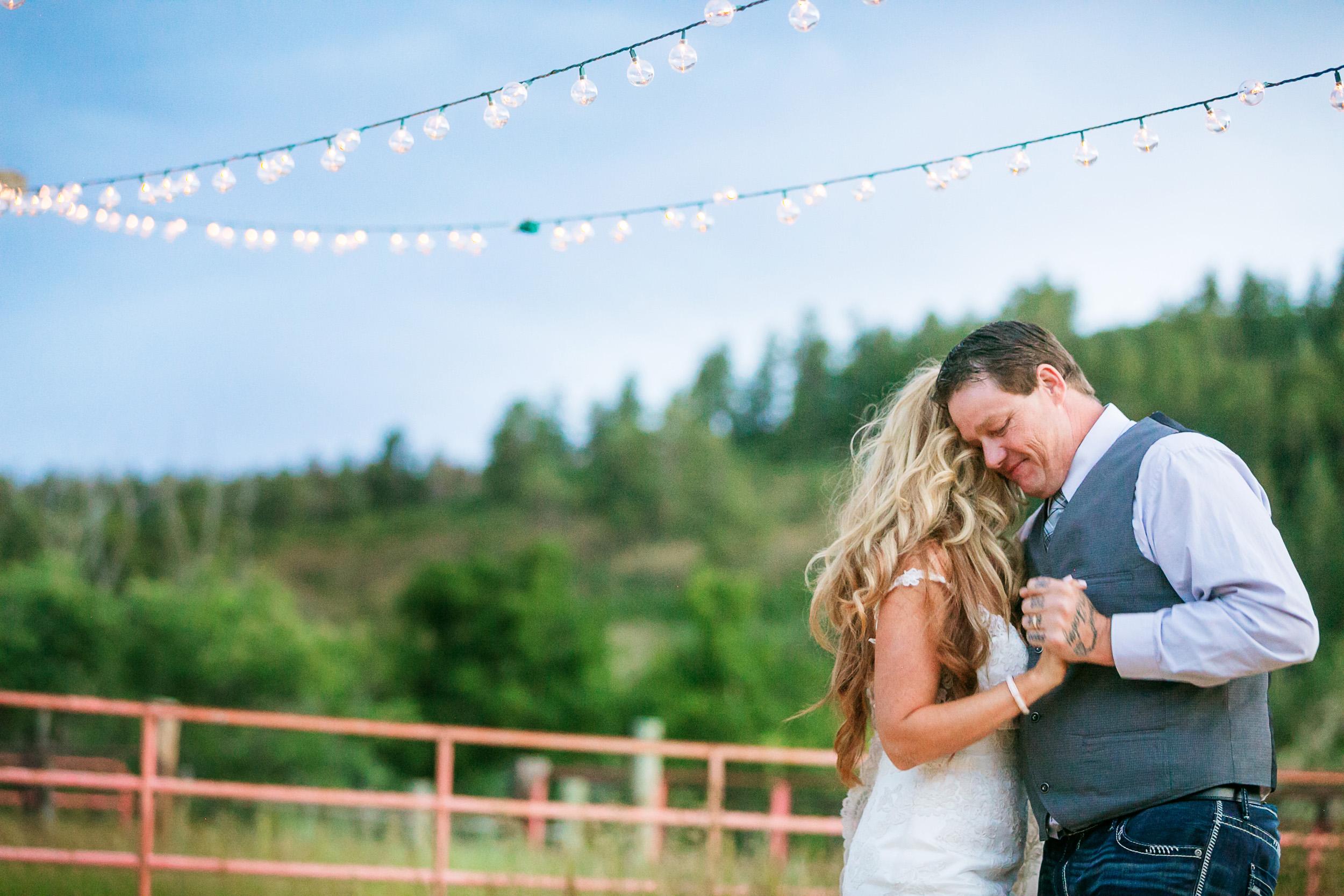 Colorado-Mountain-Ranch-Wedding-076.jpg