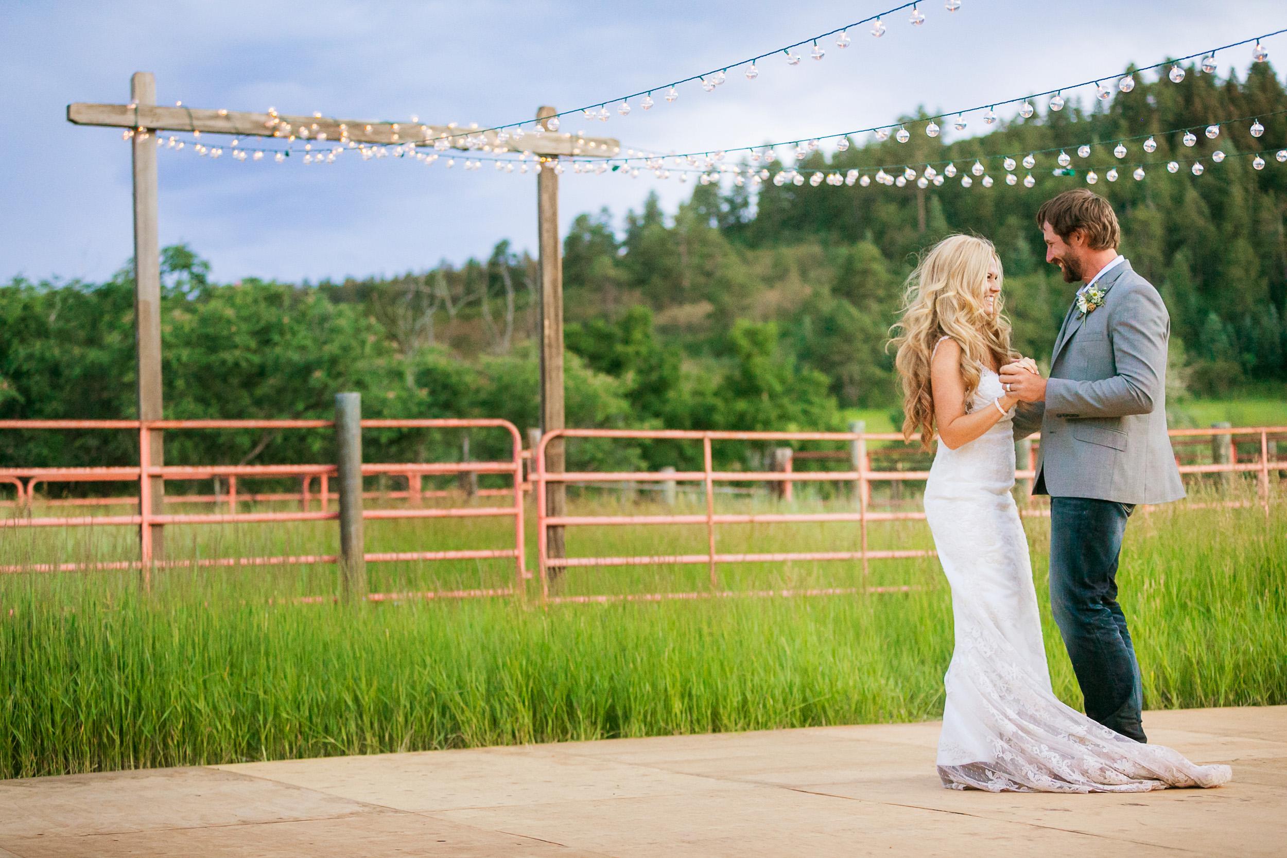 Colorado-Mountain-Ranch-Wedding-075.jpg