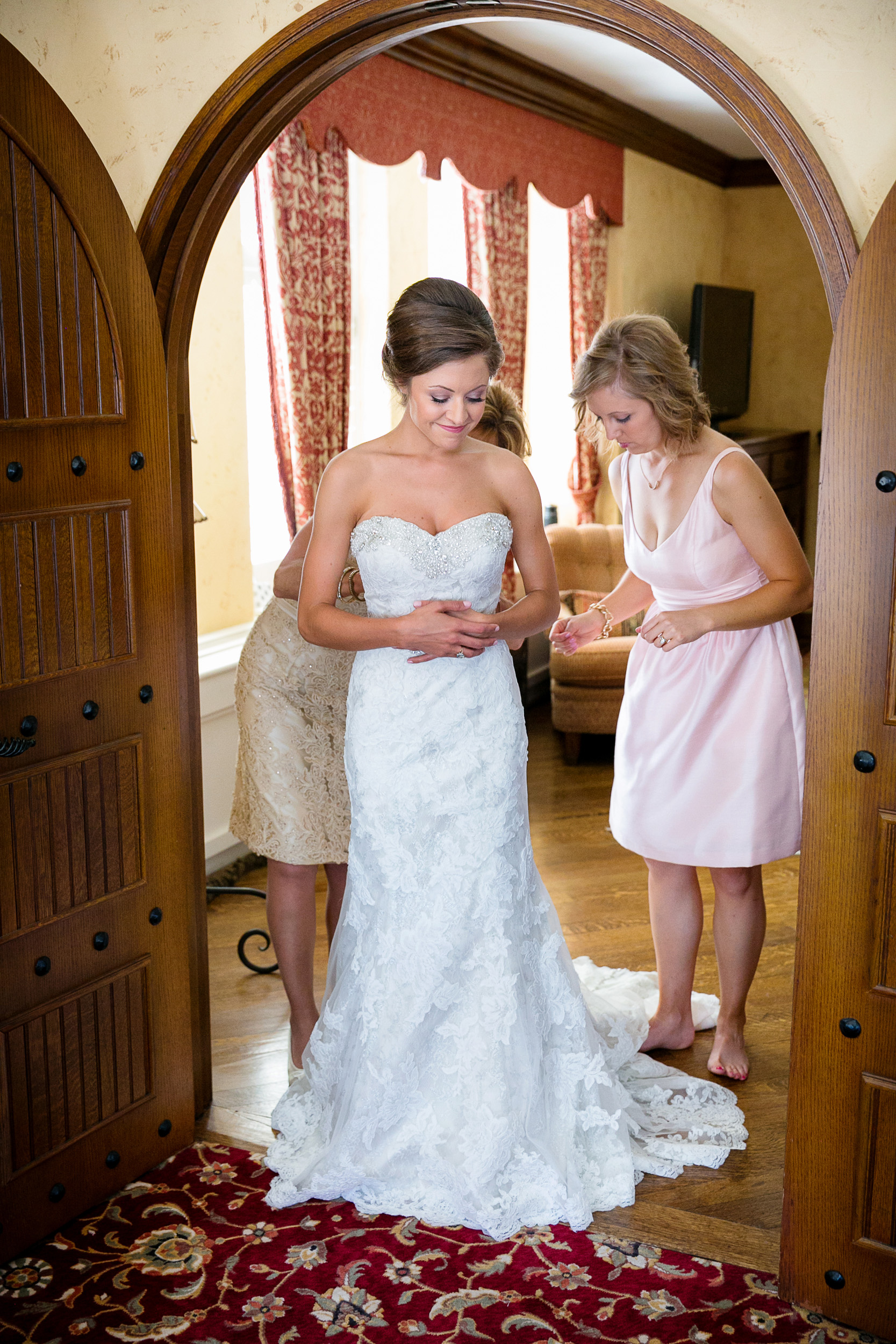 Brown-Palace-Wedding-Photos-008.jpg