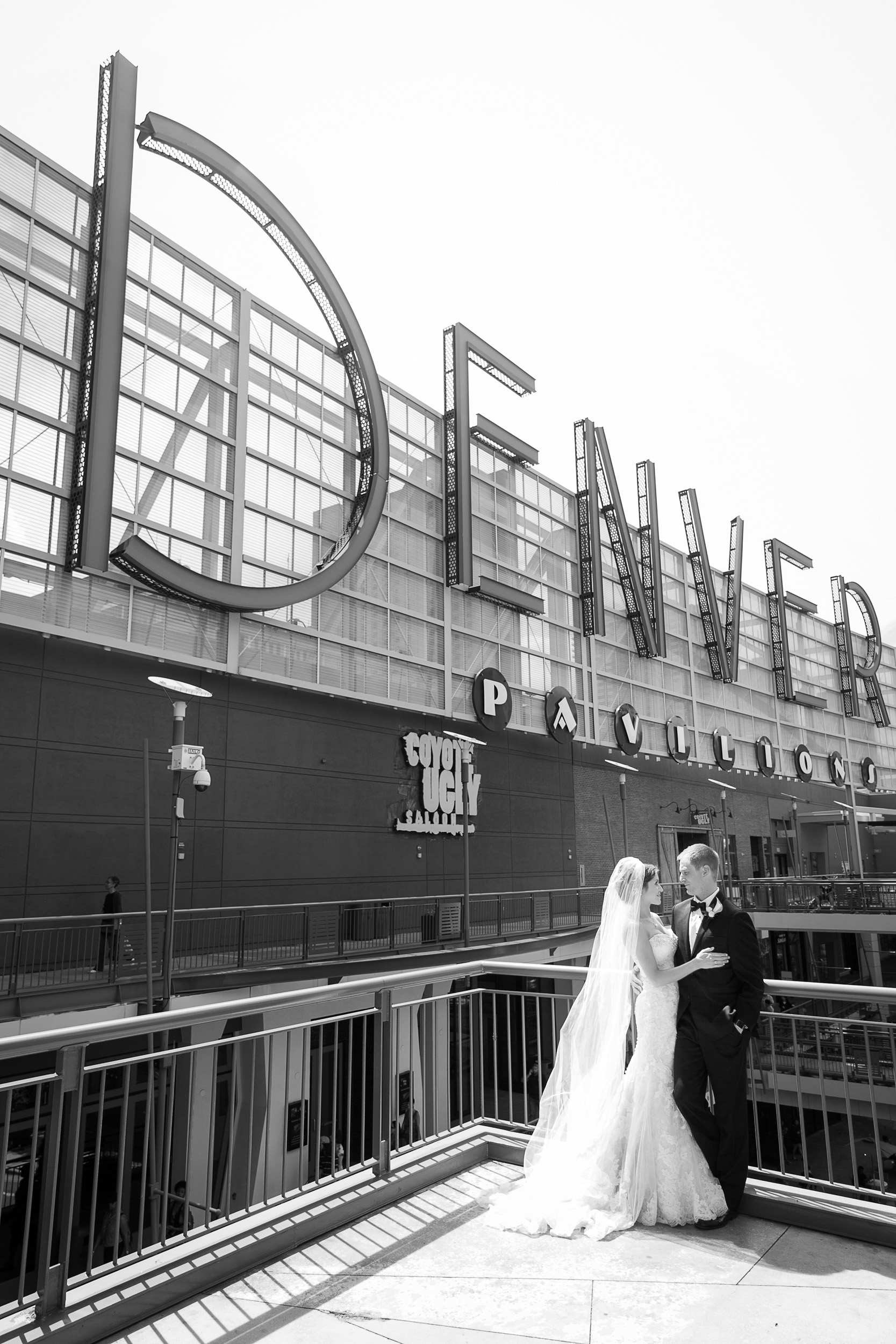 Brown-Palace-Wedding-Photos-020.jpg